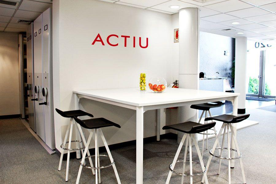 Actiu & Decorlux together in a new showroom for the peruvian market 4