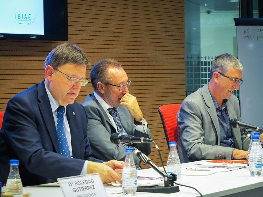 Actiu hosts a meeting between a hundred entrepreneurs and president of the Valencian government 10