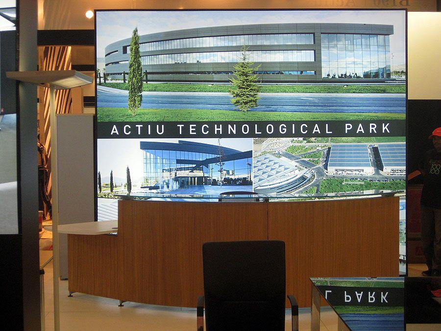 Actiu consolidates its commercial relations in Dubai 3