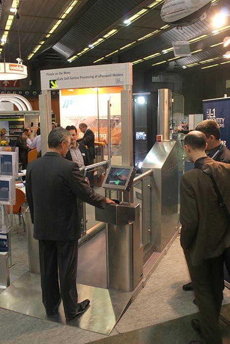 actiu furniture new solution for airports 4 actiu furniture