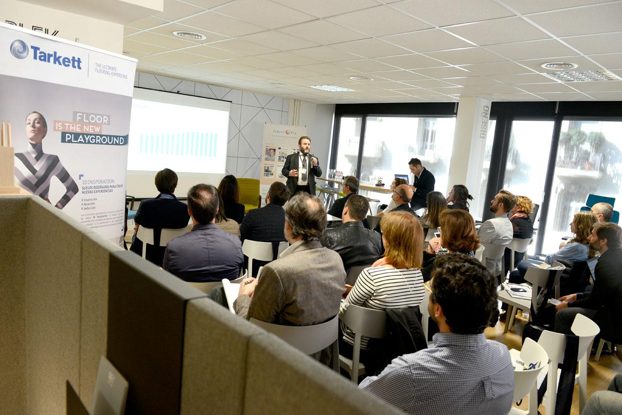 Le showroom d'Actiu de Barcelone a accueilli le 1er forum sur le Workplace Strategy : Facility Management 7