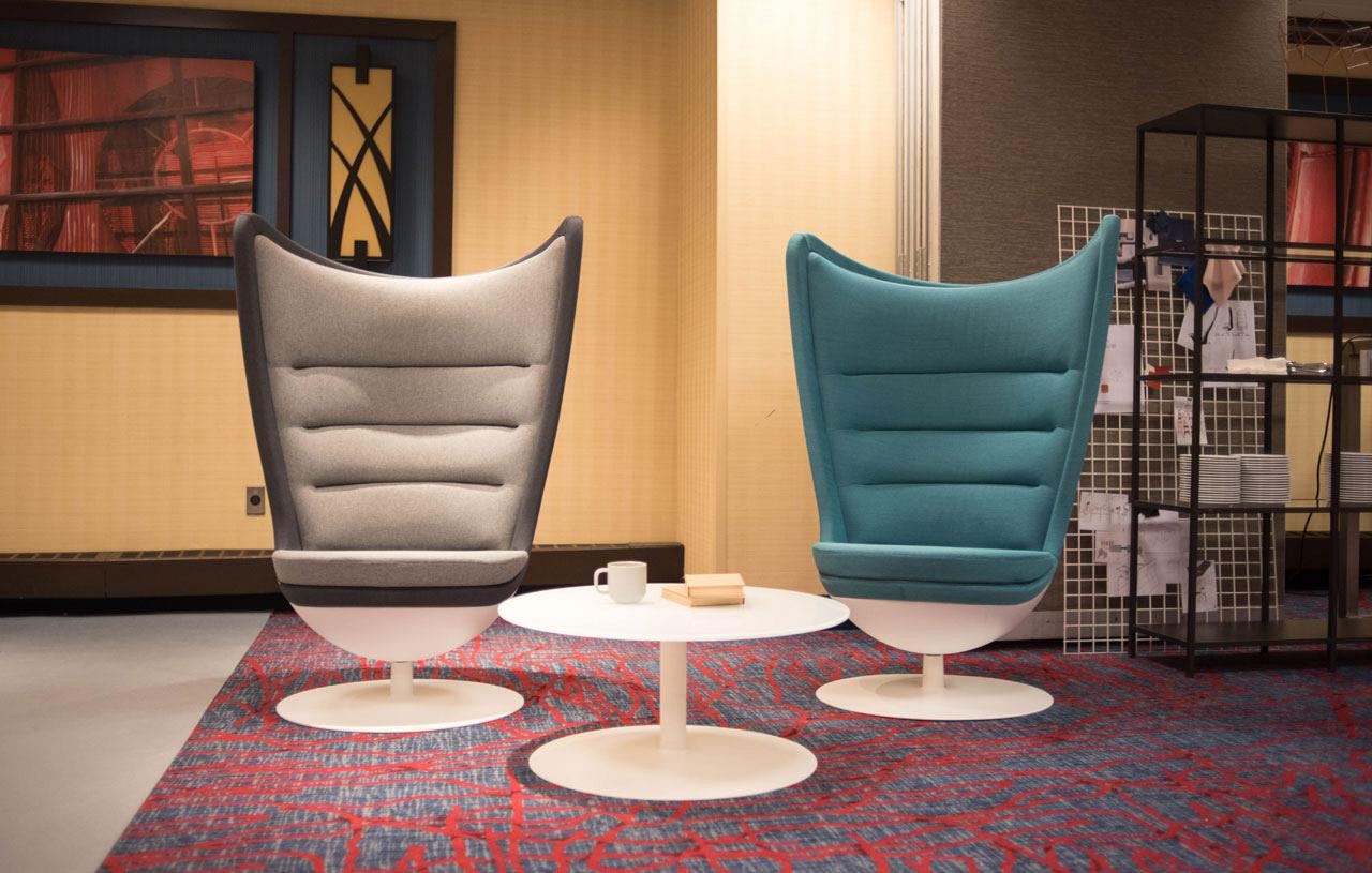 Longo range awarded best furniture for waiting rooms by NeoCon at their trade fair in Chicago 4