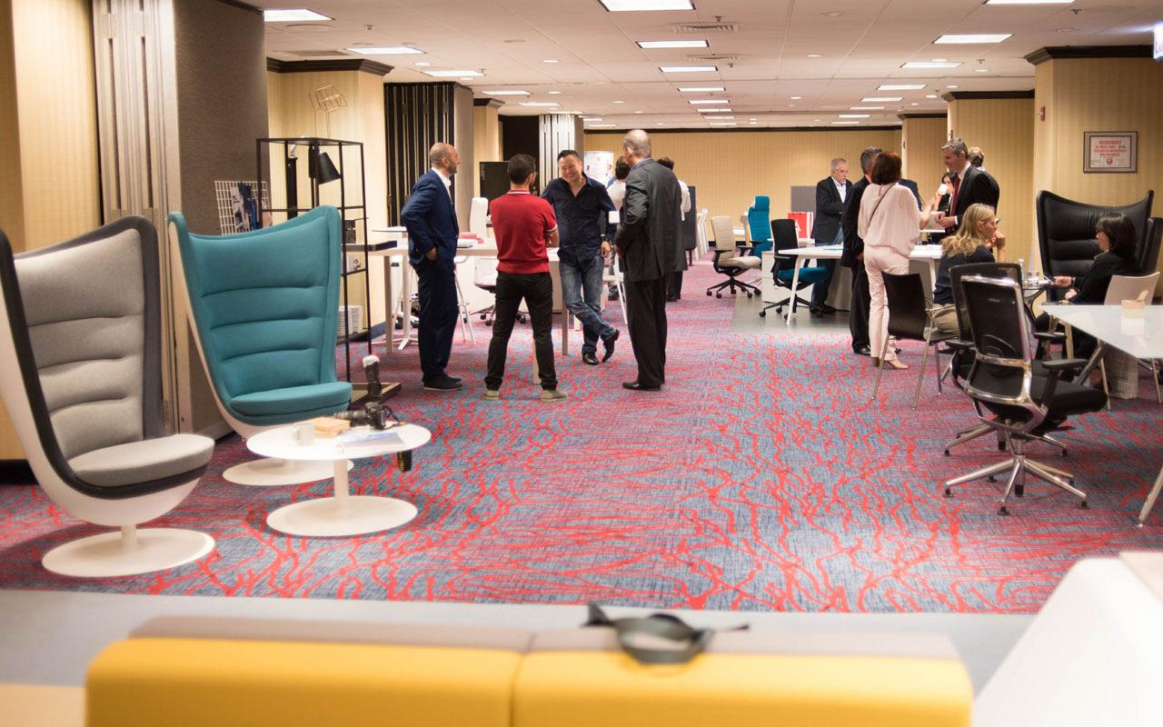 Longo range awarded best furniture for waiting rooms by NeoCon at their trade fair in Chicago 8