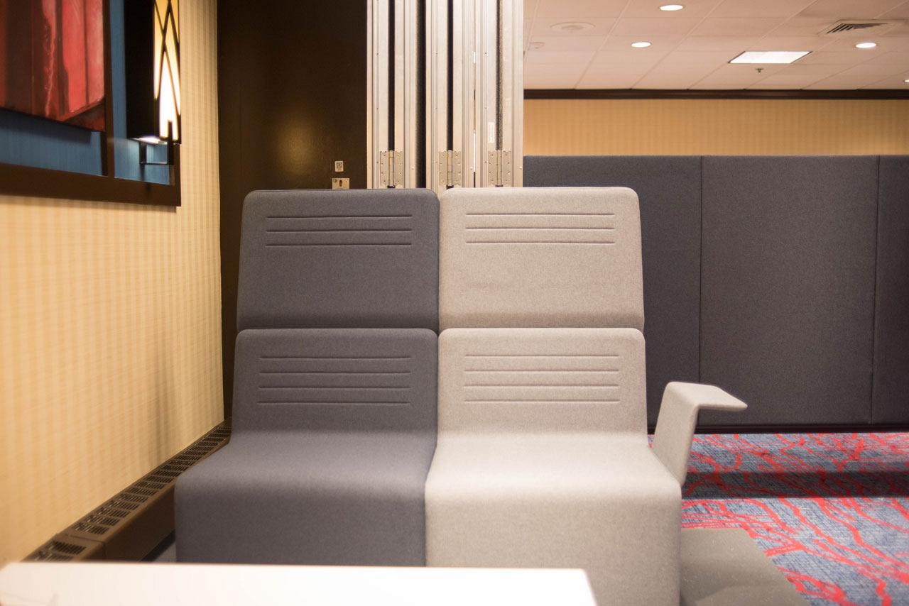 Longo range awarded best furniture for waiting rooms by NeoCon at their trade fair in Chicago 9