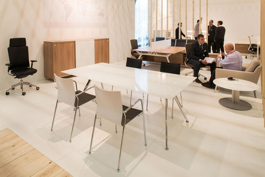 Actiu suggests some new solutions at Orgatec 2012 which promote teamwork 7
