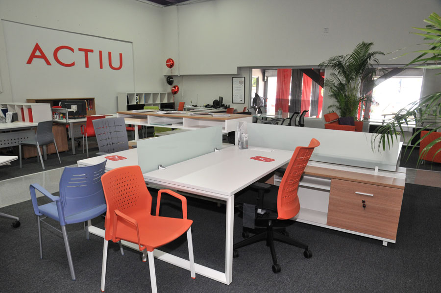 Systronics merge technology and Actiu furniture into its new offices ...
