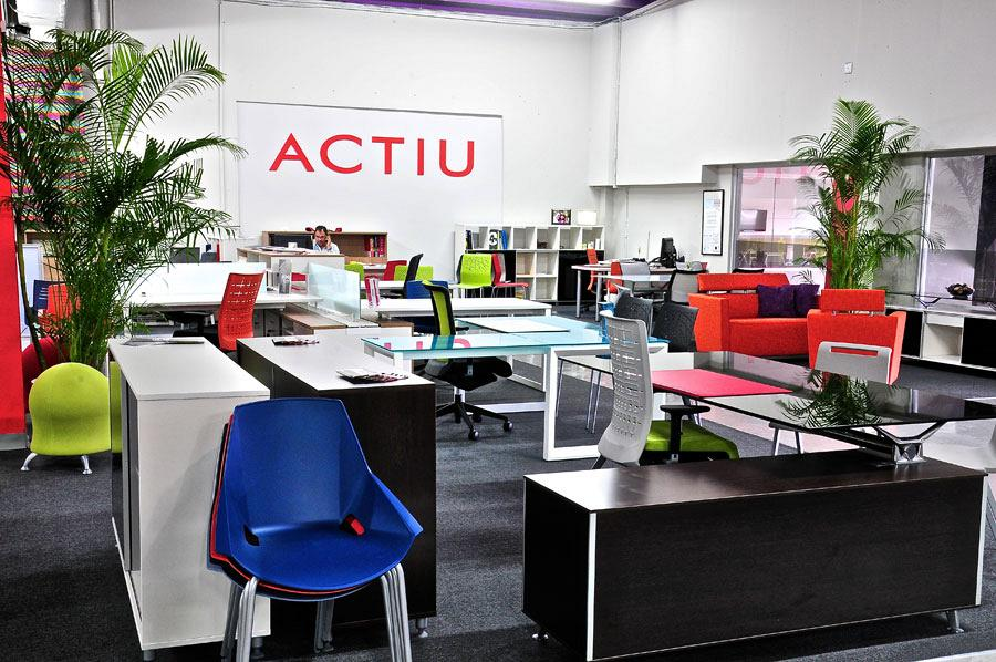 Systronics merge technology and Actiu furniture into its new offices in Puerto Rico 1