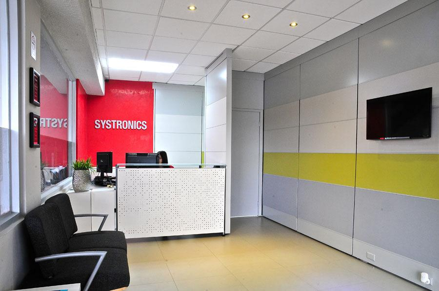 Systronics merge technology and Actiu furniture into its new offices in Puerto Rico 4
