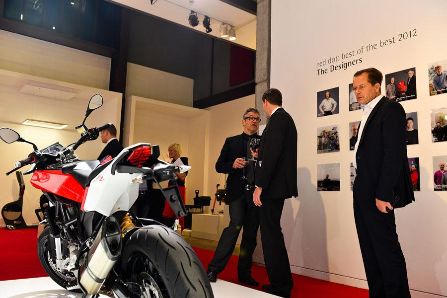 TNK 500, Internationally recognised at the Red Dot Awards Gala 9