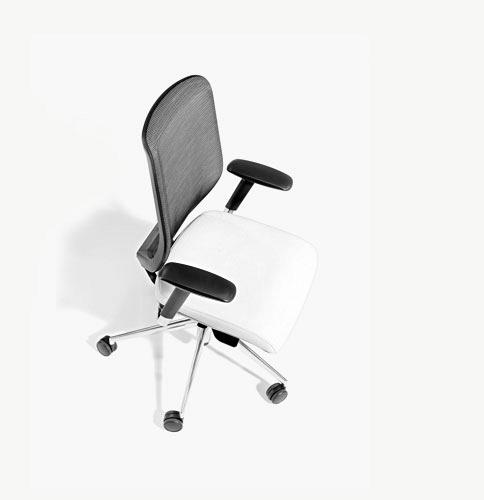 TNK   Operative office chairs with their own personality