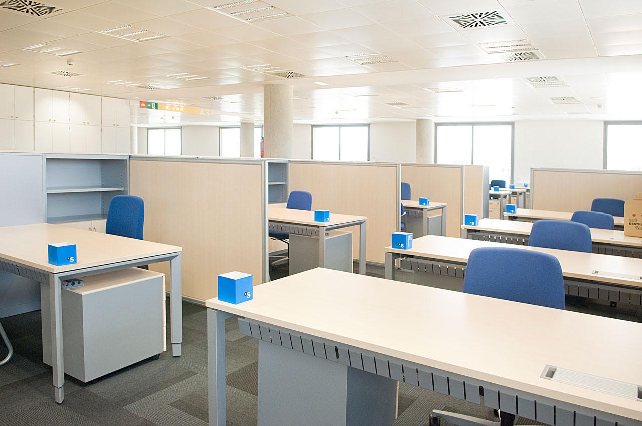 Banco sabadell espacio amable pensado para el bienestar for Oficinas bancsabadell