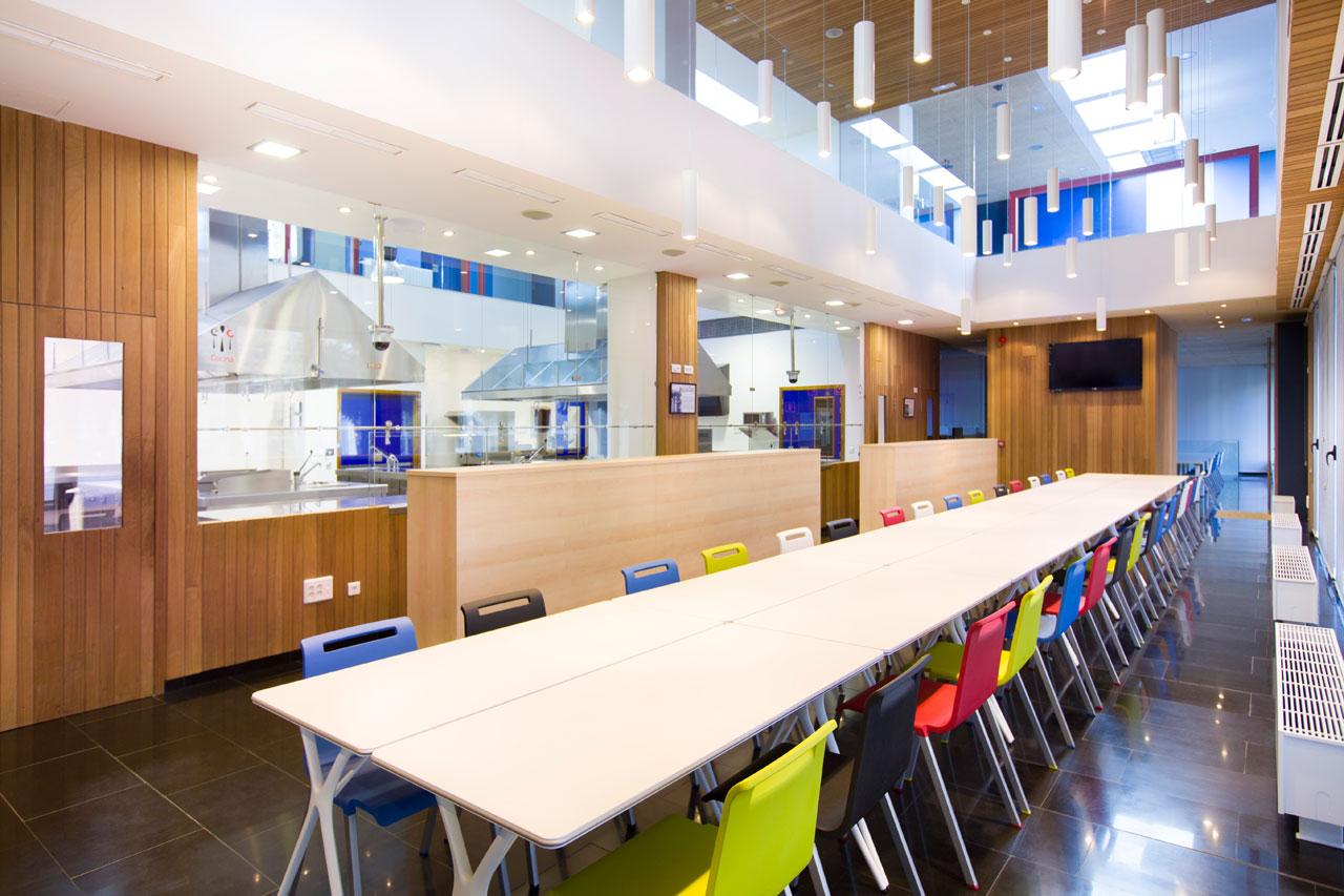 Escuela internacional de cocina fernando p rez for Cocina definicion arquitectura