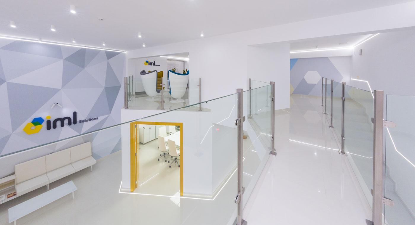 Proyectos reales de oficinas realizados con mobiliario actiu for Buscador oficinas sabadell
